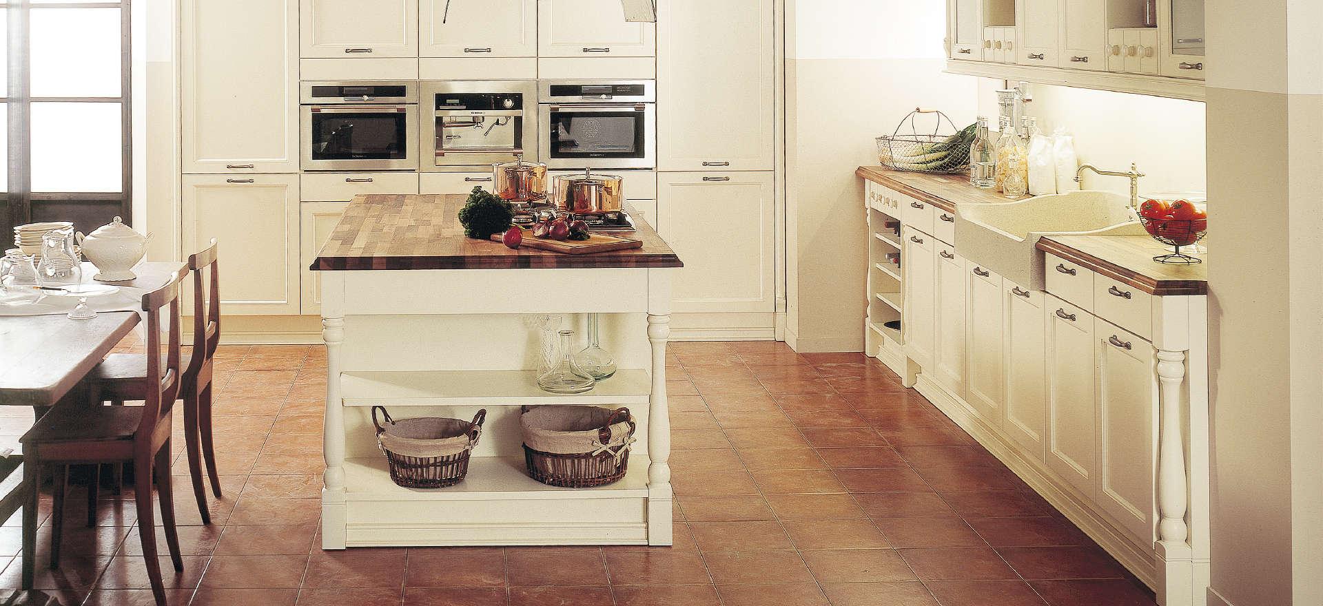 Scarlett køkkenserien giver masser af inspiration til sommerhuset